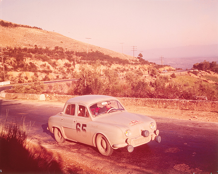 Coches Clásicos Populares . Renault Dauphine Rally