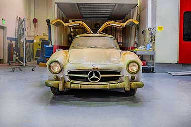 Mercedes Gullwing 300 SL  de 1954